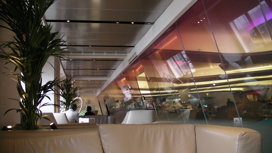 Virgin Atlantic Lounge (c) Kennie Ting 2011