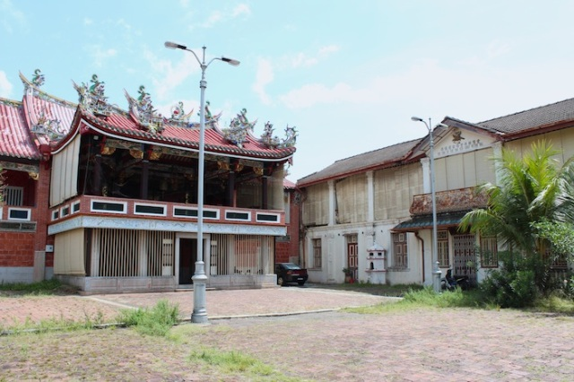 Han Jiang Ancestral Temple, with stage for Cantonese Opera Productions.  Lebuh Chulia.