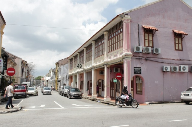 Traditional shophouse architecture, off Jalan Masjid Kapitan Keling.