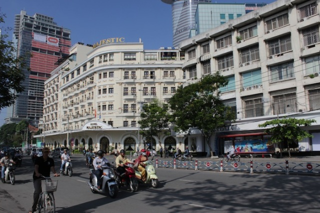 The Majestic Hotel (1925), sitting at 1 Đồng Khởi Street. Beside it is the building that used to house La Croix du Sud (The Southern Cross), a nightclub run by Corsicans. The area was the Corsican quarter prior to 1955. After 1955, the building became the Tu Do Cabaret.  It is now occupied by Wuttisak, a Thai clinic chain.