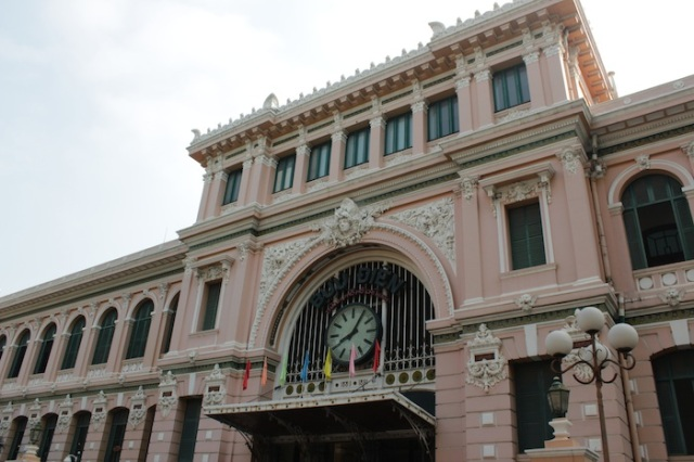 The neo-classical wedding-cake architecture of the General Post Office (1886).