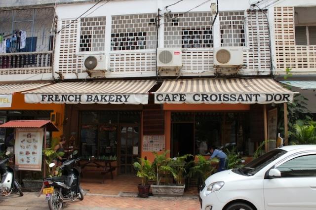 Café Croissant d'Or, Thanon Nokeo Kumman.