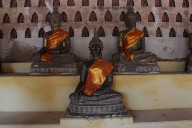 Fig. 2 – Buddhas in Wat Sisaket – the oldest temple in Vientiane, spared the destruction by the vindictive Siamese, because it was built in the Siamese style.