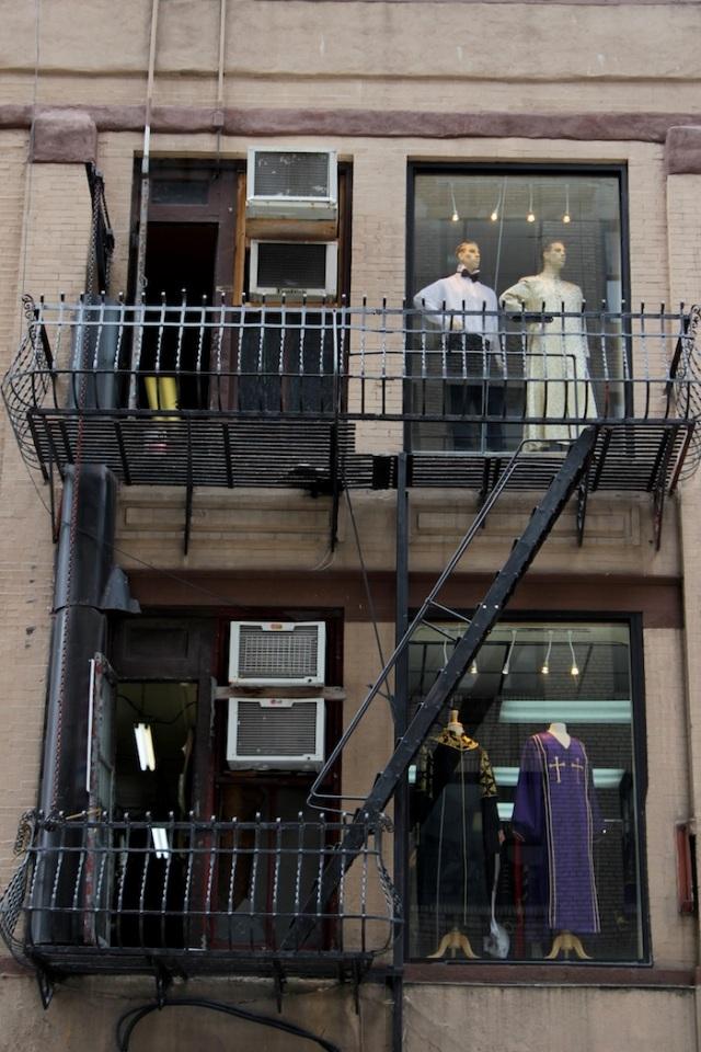 21 – Non-denominational, multi-religious fashion – Black-tie, Indian, Catholic, Jewish.