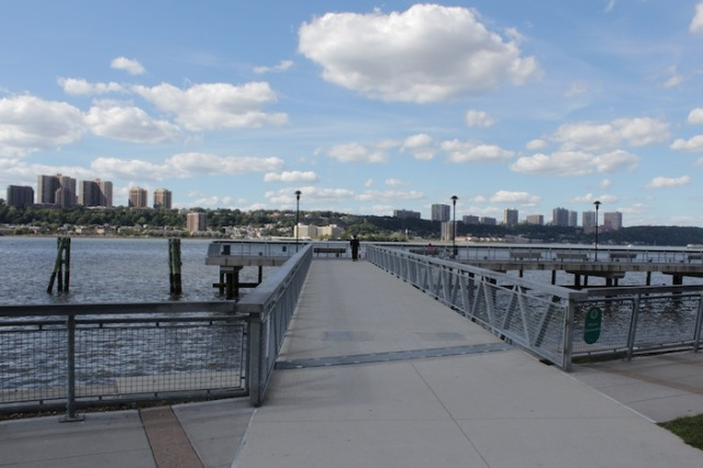 1 – West Harlem Piers Park. View towards New Jersey. A homeless man in the distance.