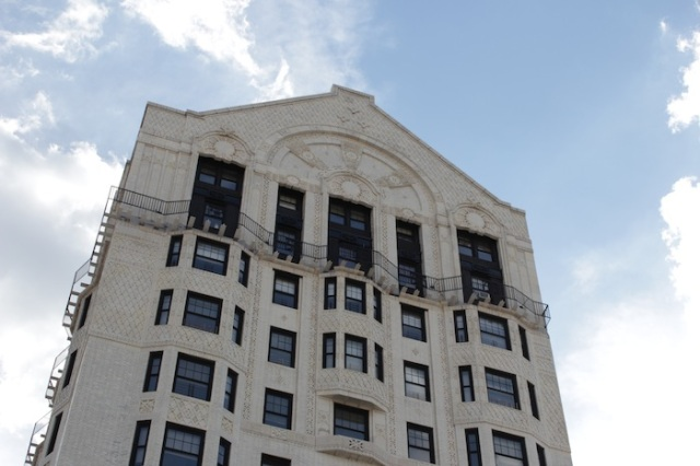 "19 – The former Hotel Theresa, now an office block. In its time, it was known as the ""Waldorf-Astoria of Harlem."" Guests included Louis Armstrong, Jimi Hendrix, Ray Charles and even Fidel Castro."