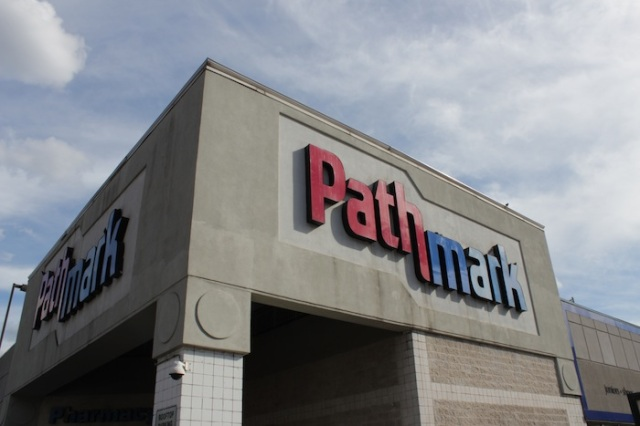 34 – Pathmark, occupying a whole block between Lexington and 3rd.