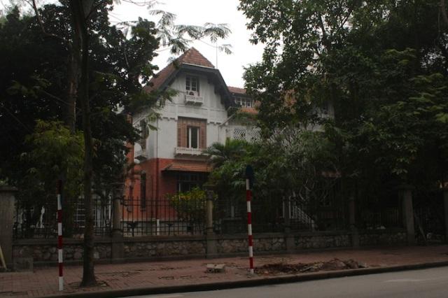 Colonial-villa, channeling a Swiss mountain chalet, Lê Phụng Hiểu.
