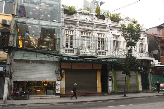 A completely refurbished shophouse, housing a designer furniture boutique.