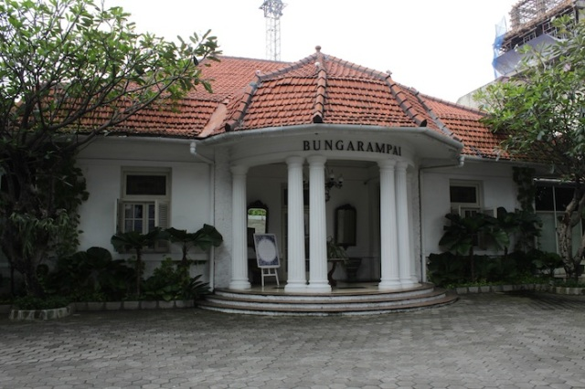 Bungarampai, an excellent Dutch-Peranakan restaurant in Menteng.