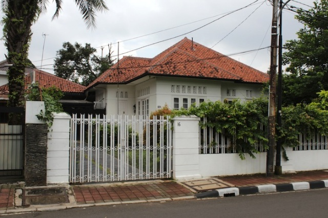No. 16, Jalan Syamsu Rizal.  One of the remaining bungalows in the Indies-style.