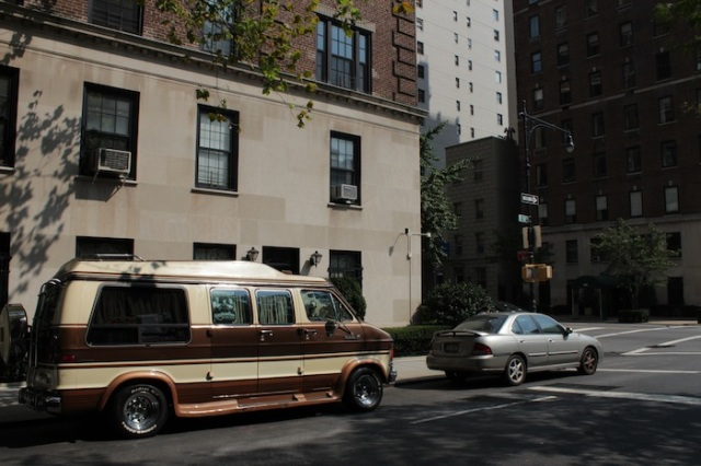 41 – As they keep going East of Manhattan, they come across abandoned vehicles, and long-dead skeletons within them.