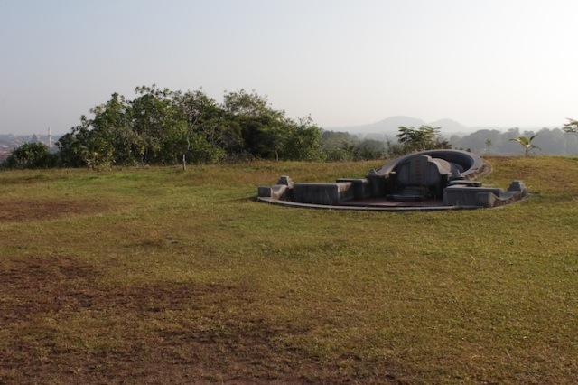 Grave at the top of Bukit Cina