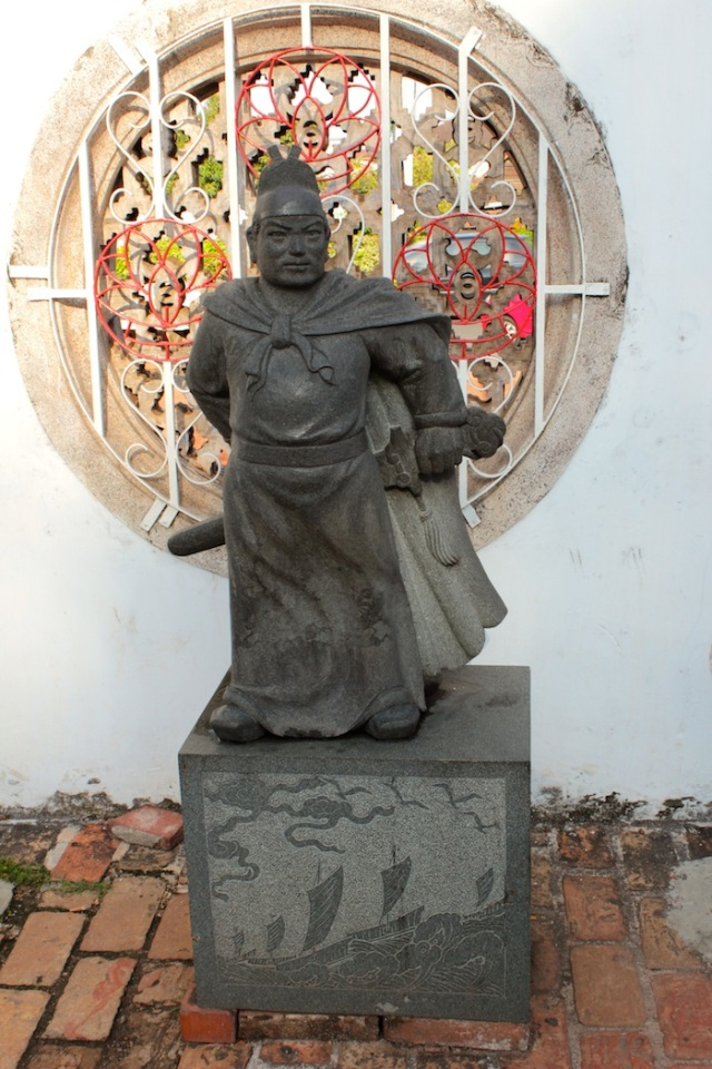 Statue of Cheng Ho, Sam Po Kong Temple.