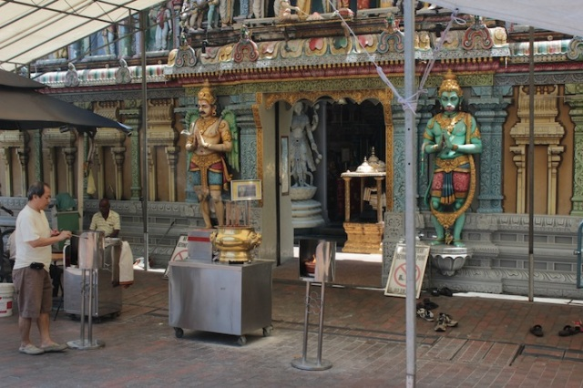 Sri Krishnan Temple (1870).