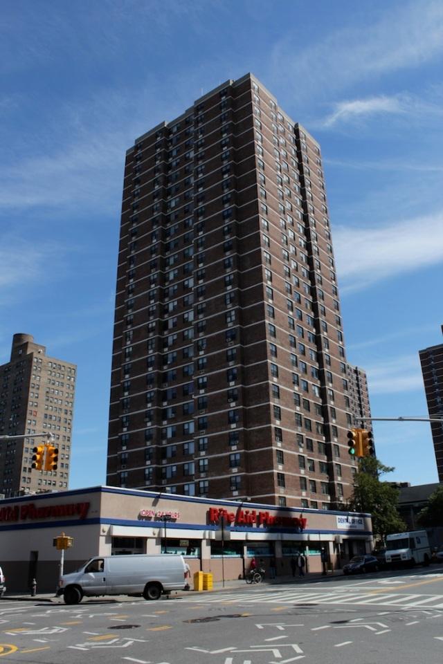36 – Apartment on Clinton Street.