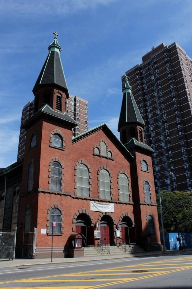37 – St Mary's Church (1833).