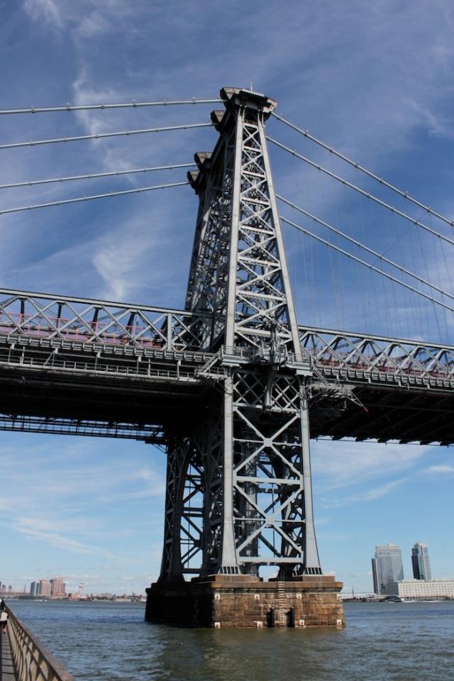 47 – View North on the East River Promenade: the Williamsburg Bridge.
