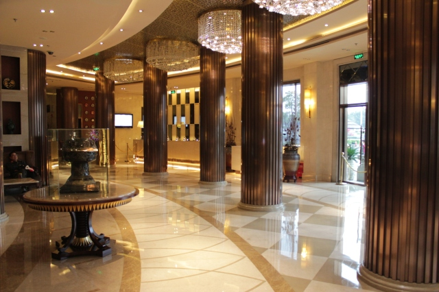 The opulent lobby and reception area.