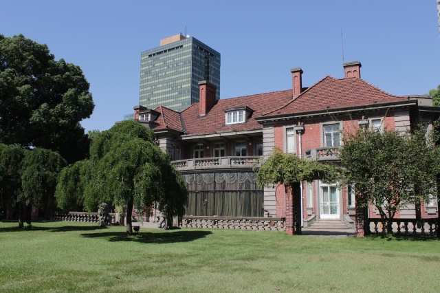 Another view of the Main Building of the Moriss Estate.