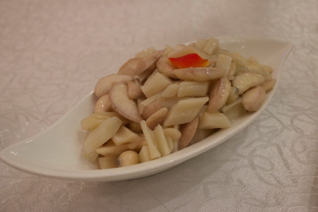 Three Treasures from the Lotus Lake 荷塘三寶 - a lightly stir-fried trio of lotus root, lotus seed and lotus seed cradle.