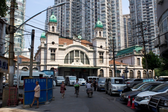 The former Dazhimen Station (1903) was the terminus of the Beijing-Hankow Railway. It sits just to the north of the French Concession.
