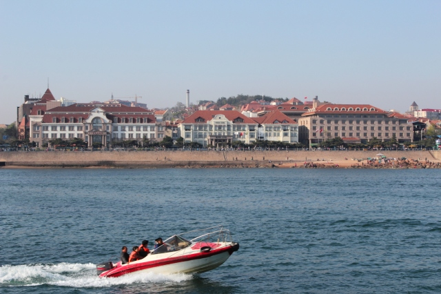 View of the former Hotel Prinz Heinrich - today's Zhanqiao Peace Hotel fro the sea.