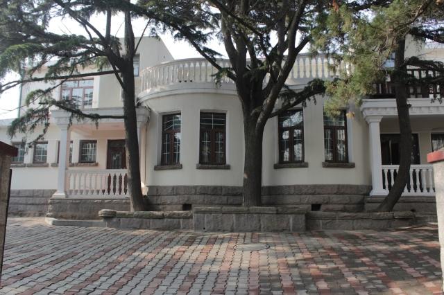 16 - Villa IX
