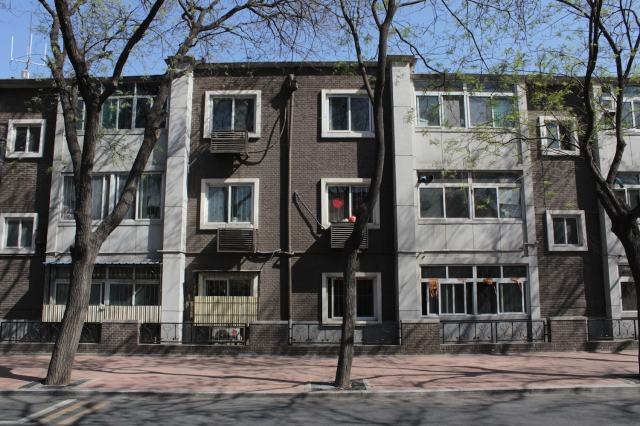10 - Apartments