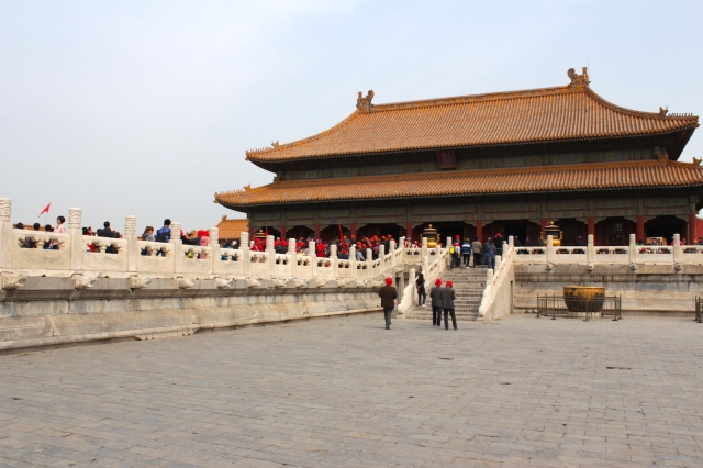 The Palace of Heavenly Purity 乾清宮 holds the Royal Throne.  It is part of the Inner Court.