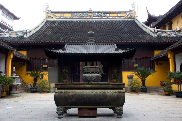The interior of the Chen Xiang Ge, which is also a Taoist Temple.