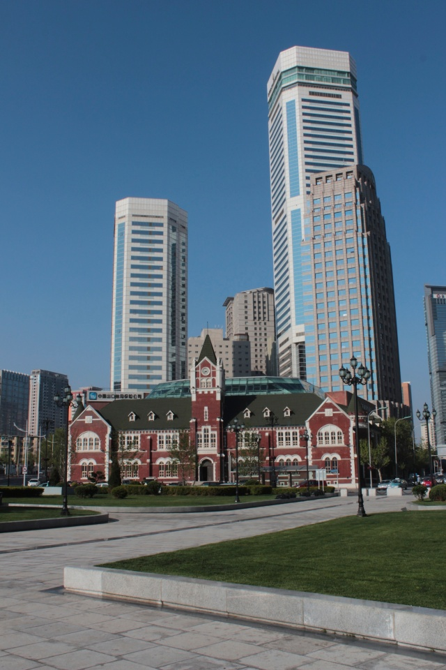 Another view of Nicholas Square with the former Dalian Police Station, built by the Japanese in 1908.
