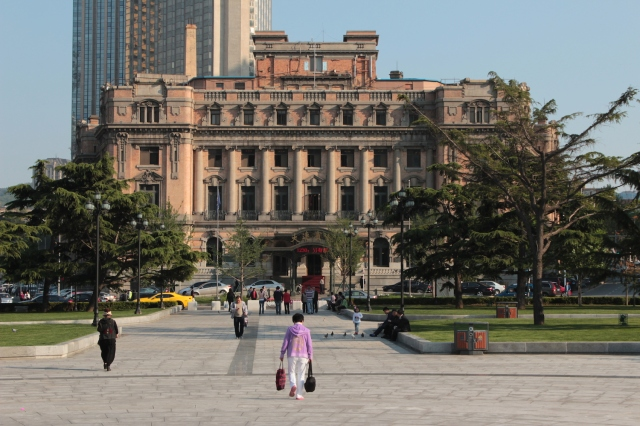 No. 4 - The Yamato Hotel ヤ マト旅館, built in 1914 was Dairen's Grand Hotel.  Today it is known as the Dalian Hotel.