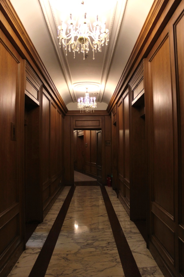 Corridors on the mezzanine floor.