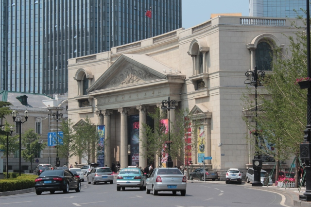 No. 8 - The Dalian People's Cultural Club 大 连 文 化 俱 乐 部 was built by the Soviets when they occupied the city in 1951.