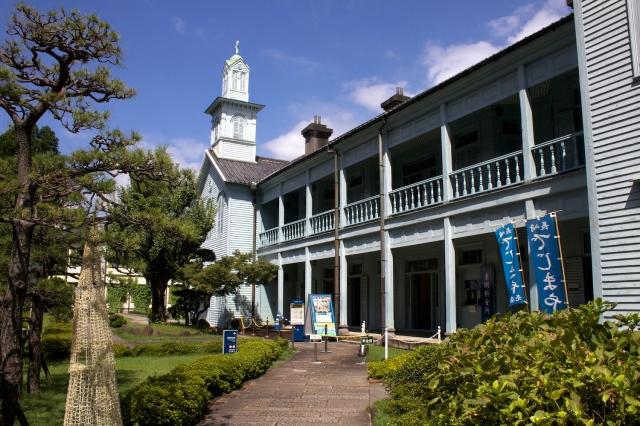 The Town Hall like entrance to Dejima.