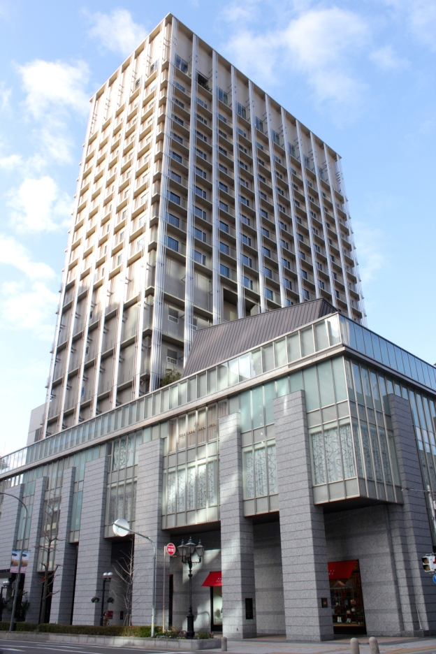 The Oriental Hotel Kobe today is in its fifth incarnation as a high-rise hotel with heritage roots in the Former Foreign Settlement.