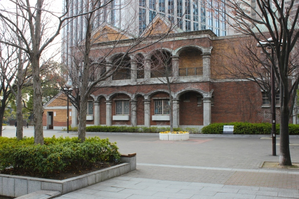 Further along the Bund sits the former Kobe Club.
