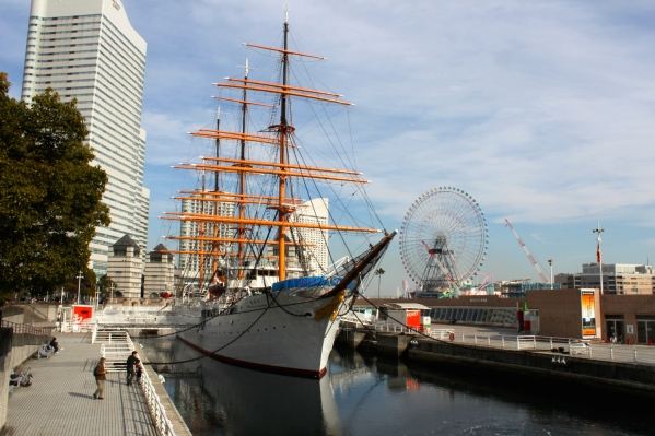 The Nippon Maru 日本丸 is another museum ship, permanently docked int he Minato Mirai 21 District.