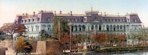 The first Imperial Hotel (Public Domain).