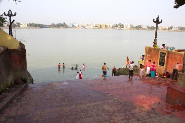 10-ghat-at-dakshineshwar