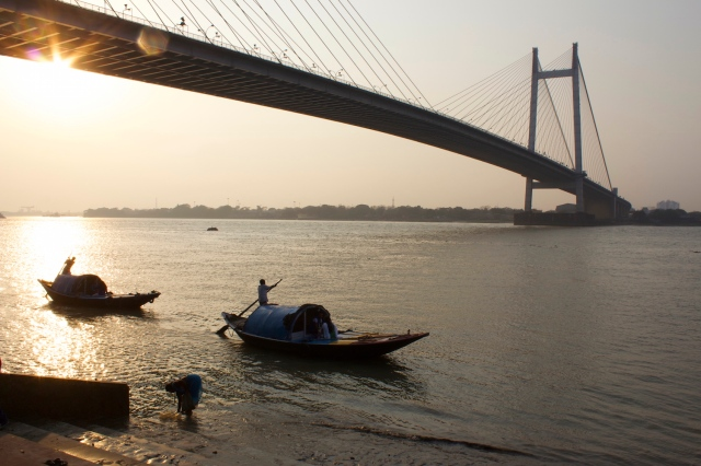 15-sunset-along-waterfront-promenade-near-prinsep-ghat
