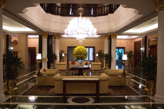 3-grand-lobby
