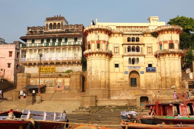 3 - Ganga Mahal Ghat and Rewa Kothi