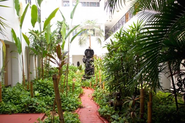 8 - Garden