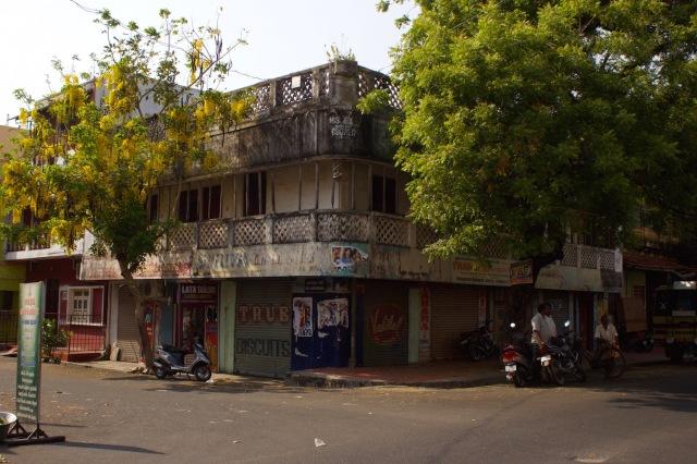 11 - Hindu Quarter Sri Aurobindu Street