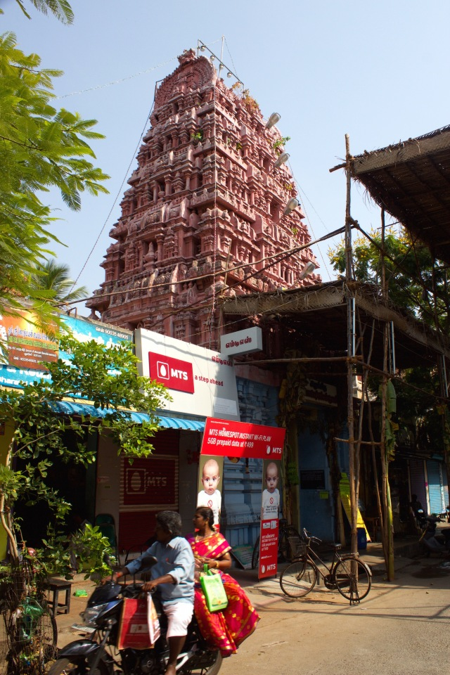 4 - Hindu Quarter - Kamatchi Amman Kovil on street of same name