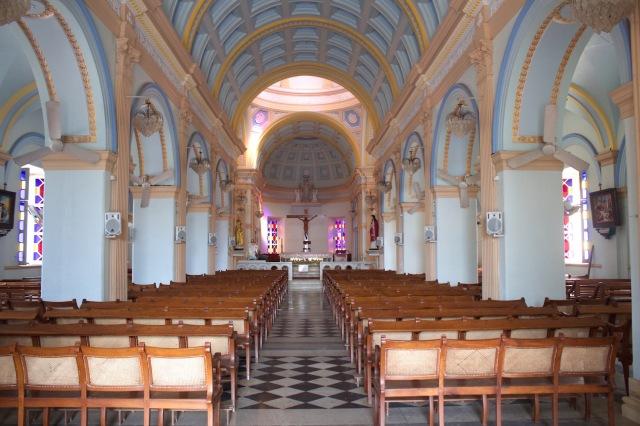 9 - Notre Dame Interior