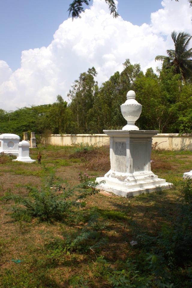 13 - Graveyard