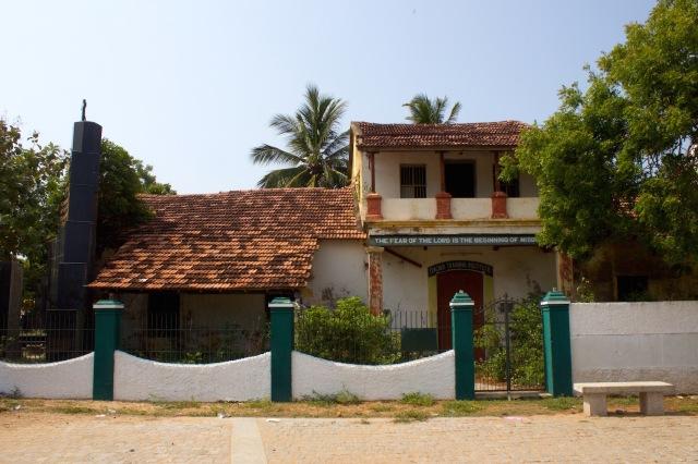 15 - Commander's House